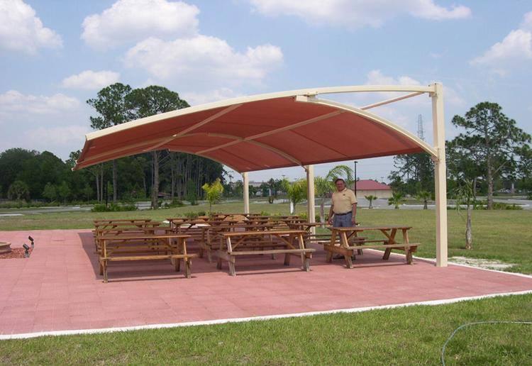 مظلات كابولي للجلسات
